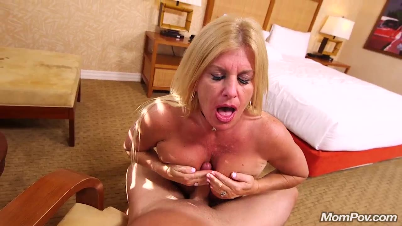 wife loves to suck on penis