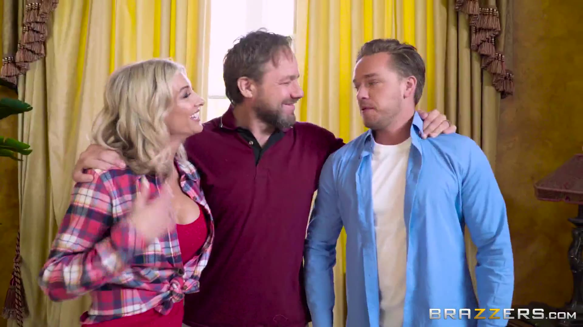 Busty blonde tastes her stepson's big cock during a family photo session