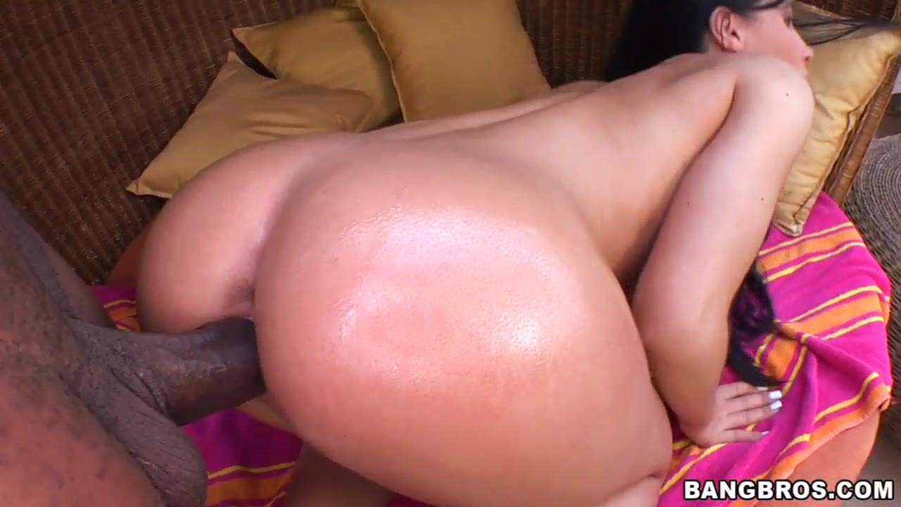 Rebeca Linares - Back For More!