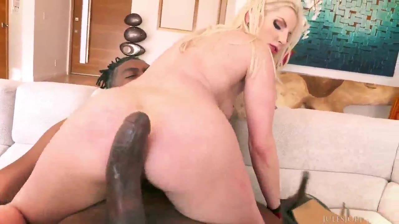 Short Hair Blonde Big Ass