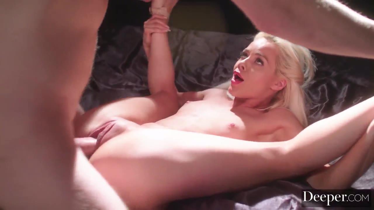 Elsa Jean Sex